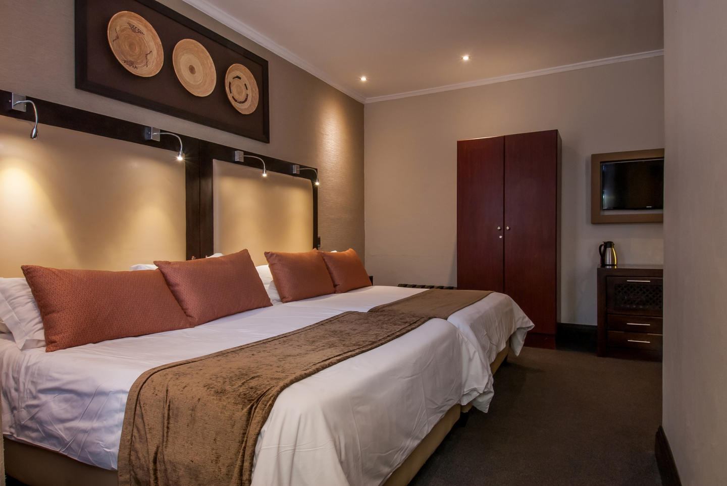 Accommodation  Grahamstown at the Graham Hotel